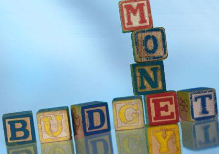 budget-money-blocks