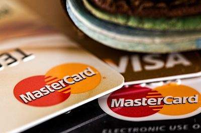How does the interest-free period on your credit card work?