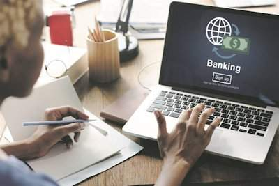 The pros and cons of a business bank account