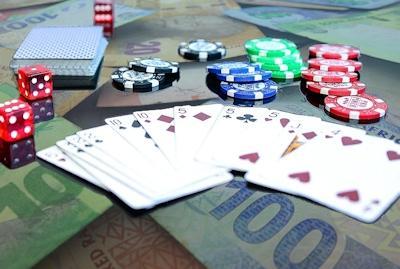 Why successful investors avoid gambling